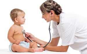 Как лечить потничку у маленький детей